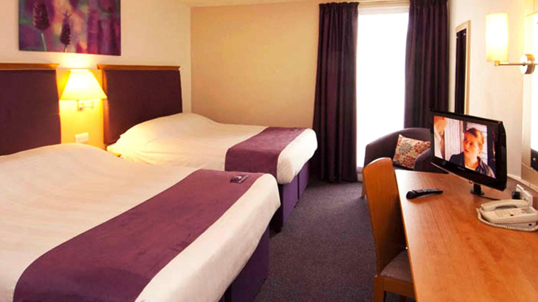 London Heathrow Premier Inn near Thorpe Park Resort